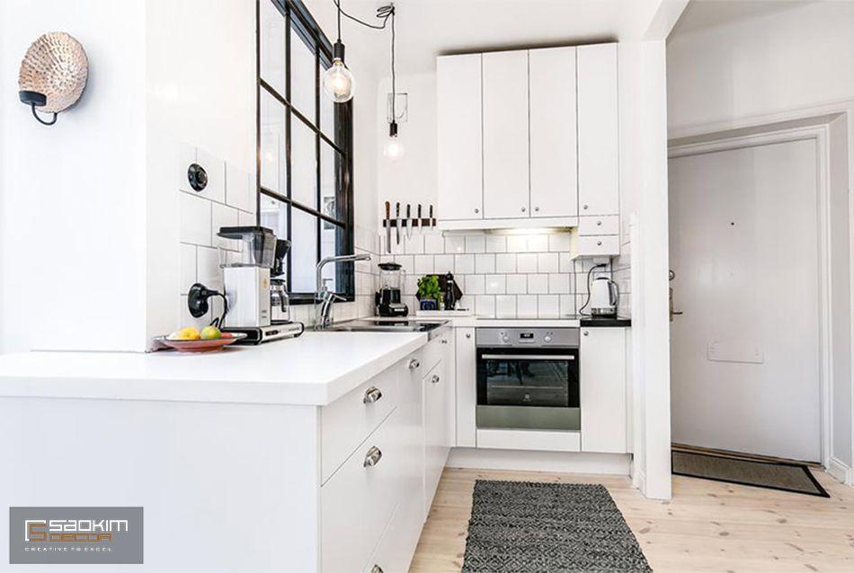 Nội thất gian bếp đầy đủ tiện nghi và được sắp xếp khéo léo, khoa học