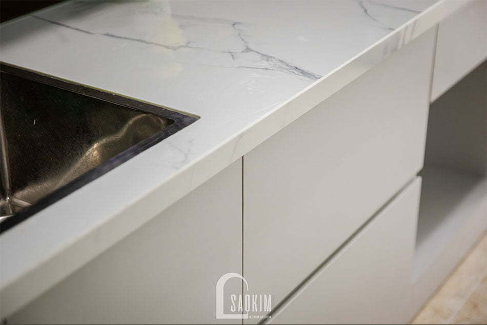 Hoàn thiện nội thất căn bếp trong mẫu thiết kế thi công căn hộ Nam Trung Yên